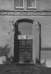 1946 Eingang-alt