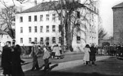 1949 Schulhof-s